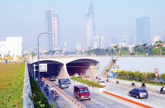 Cấm lưu thông qua hầm sông Sài Gòn và nhiều tuyến đường trung tâm  ảnh 1