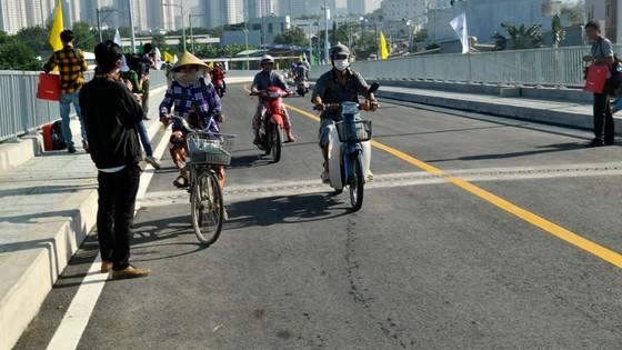 Thông xe cầu Phước Lộc, huyện Nhà Bè sau 8 năm thi công ảnh 3
