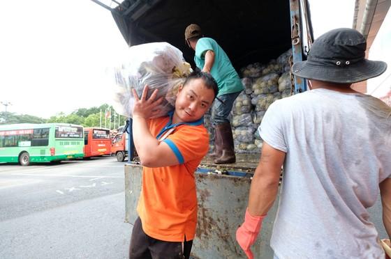 Phương Trang hỗ trợ 1.000 tấn rau củ quả cho người dân TPHCM ảnh 2