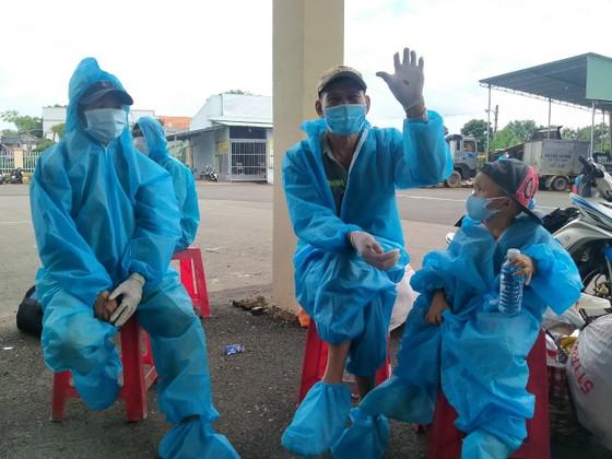 Phú Yên tiếp tục đưa 426 người dân đang sinh sống tại Bà Rịa - Vũng Tàu về quê tránh dịch Covid-19 ảnh 1