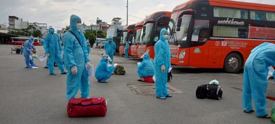Bình Định, An Giang đón 850 người dân khó khăn về quê tránh dịch Covid-19 ảnh 1