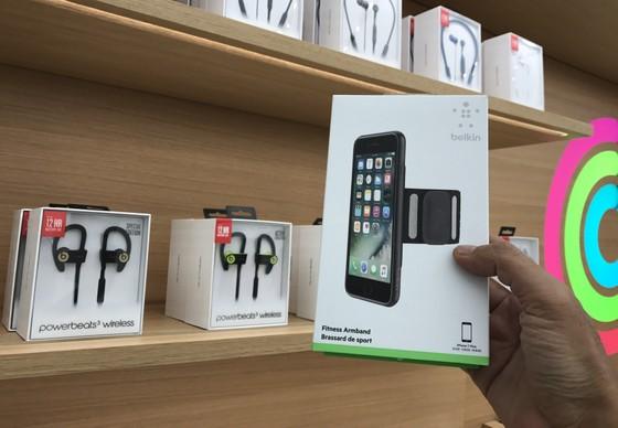 Sang trọng và gần gũi ở cửa hàng chính hãng Apple ảnh 6