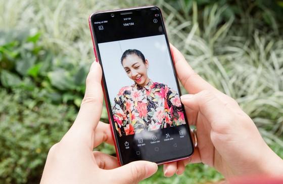 OPPO F5, càng selfie càng có hình đẹp ảnh 2