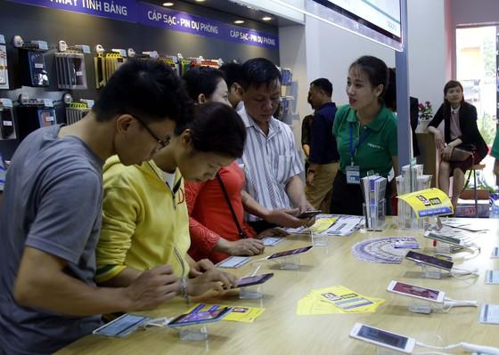 MobiFone nằm trong top 10 thương hiệu giá trị nhất Việt Nam 2017 ảnh 1