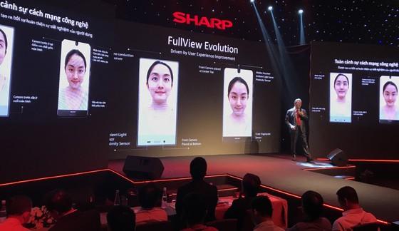 Sharp Mobile Vietnam trở lại với Aquos S2 ảnh 2