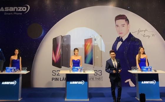 Asanzo ra mắt hai smartphone giá rẻ ảnh 1