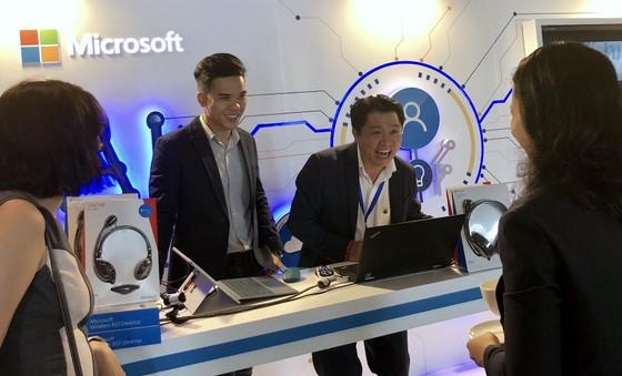 Microsoft Azure hay AI... đã đang ở trước mặt mỗi người ảnh 2