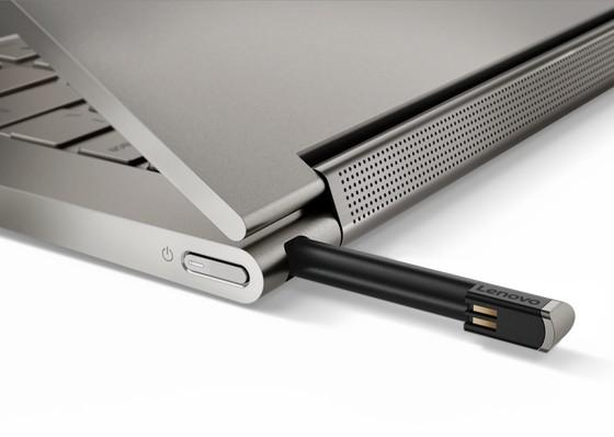 Laptop biến hình Yoga C930 giá 49 triệu đồng ảnh 2