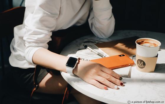 Những lý do nên mua Apple Watch tại FPT Shop ngay hôm nay ảnh 1
