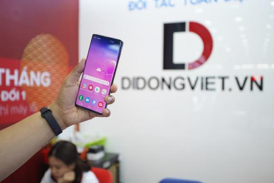 Di Động Việt mở bán Samsung Galaxy S10+ 1TB, giá dưới 30 triệu ảnh 2