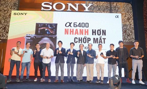 Sony Việt Nam giới thiệu máy ảnh không gương lật mới α6400 (ILCE-6400) ảnh 1