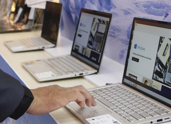FPT Shop mở bán độc quyền Ultrabook ASUS ZenBook UM433 và ZenBook Flip 14 UM462 ảnh 2