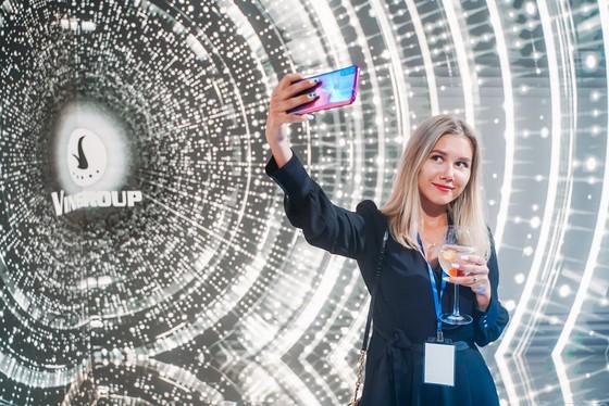 VinSmart ra mắt 4 smartphone tại thị trường Nga ảnh 1