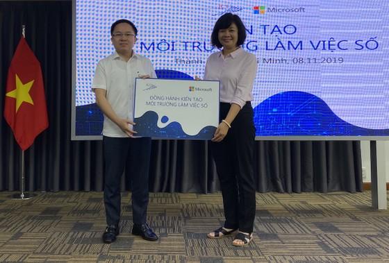 """Microsoft Việt Nam đồng hành """"Kiến tạo môi trường làm việc số"""" với các cơ quan báo chí TPHCM ảnh 1"""