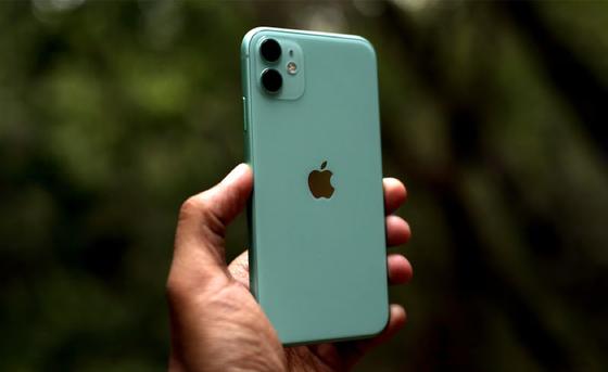Mua iPhone Xs Max cũ hay iPhone 11 khi bạn có 17-18 triệu? ảnh 2