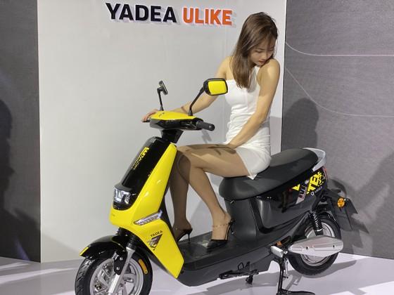 YADEA G5 với đầy đủ kết nối công nghệ ảnh 7