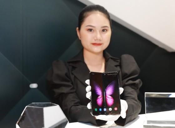 Samsung mở đợt đặt hàng Galaxy Fold lần 3 ảnh 1
