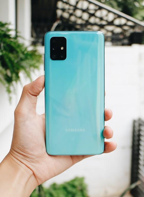 Samsung Galaxy A51 chính thức bán ra tại FPT Shop với ưu đãi trả góp không lãi suất ảnh 1