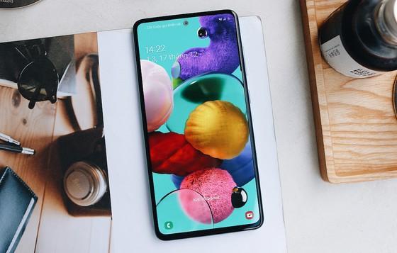 Samsung Galaxy A51 chính thức bán ra tại FPT Shop với ưu đãi trả góp không lãi suất ảnh 2