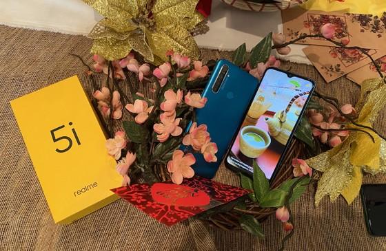 Realme 5i với thiết kế mới và màu sắc mới nổi bật ảnh 1