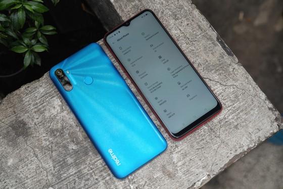 Realme C3 với pin 5.000 mAh, giá chưa đến 3 triệu đồng ảnh 2