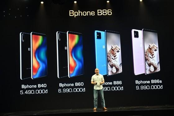 Bkav mắt bốn phiên bản Bphone, giá thấp nhất gần 5,5 triệu, cao nhất gần 10 triệu đồng ảnh 3