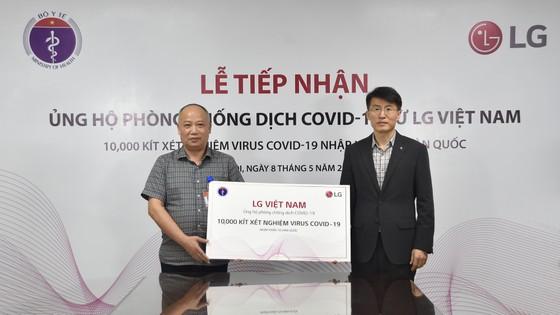 LG Việt Nam tài trợ 10.000 bộ kit xét nghiệm Covid-19 ảnh 3