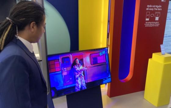 TV xịn nhất của Samsung đang được trưng bày tại Samsung 68 ảnh 5