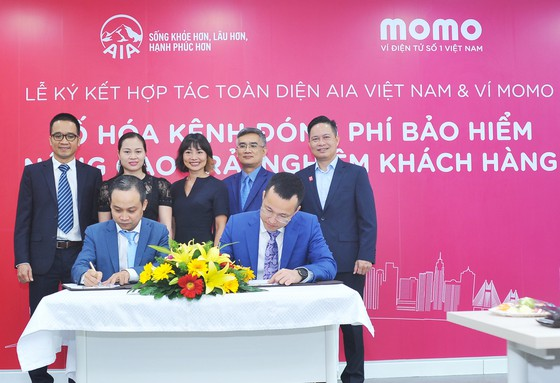 Ví MoMo và AIA hợp tác toàn diện và triển khai kênh thanh toán chiến lược  ảnh 2
