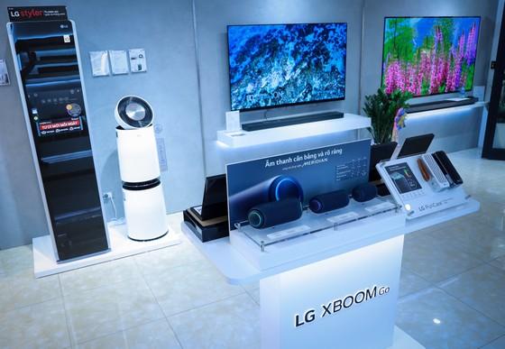 LG đưa thiết bị mới nhất vào Showroom Vinhomes Gardenia ảnh 2