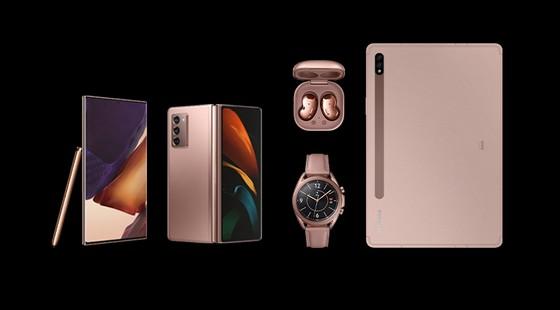 Samsung ra mắt loạt thiết bị Galaxy mới ảnh 1