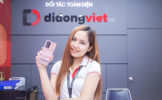 Có thể đổi miễn phí Galaxy Note 10 Plus lấy Galaxy Note 20 tại Di Động Việt ảnh 1