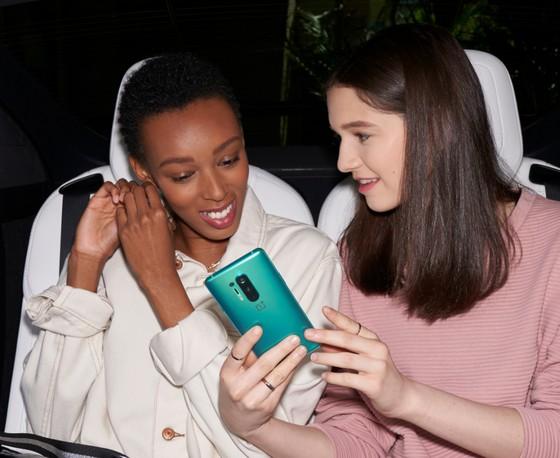 """OnePlus 8 Pro 5G và OnePlus Nord 5G hai Smartphone """"xịn"""" đã lên kệ  ảnh 3"""