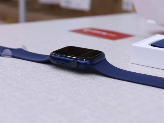 Apple Watch SE, Apple Watch Series 6 đã được bán tại hệ thống Di Động Việt ảnh 2