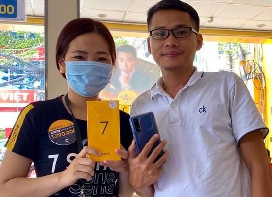 Realme 7 và 7 Pro đạt 3.600 đơn đặt hàng  ảnh 1