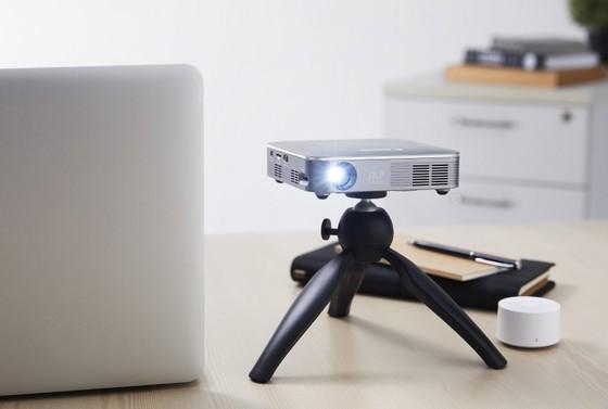 Máy chiếu mini không dây Canon MP250 có mức giá 11,5 triệu đồng  ảnh 3