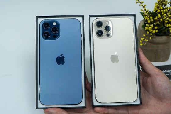 Mua iPhone 12 chính hãng ở đâu rẻ nhất? ảnh 1