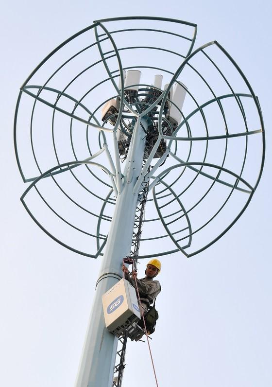Khách hàng MOBIFONE tại TPHCM sẽ được trải nghiệm 5G vào tháng 12-2020 ảnh 1