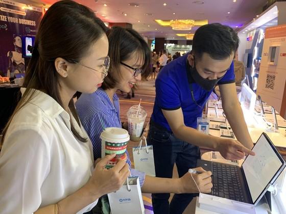 Samsung được vinh danh Top 10 Doanh Nghiệp cung cấp nền tảng chuyển đổi số hàng đầu Việt Nam ảnh 2