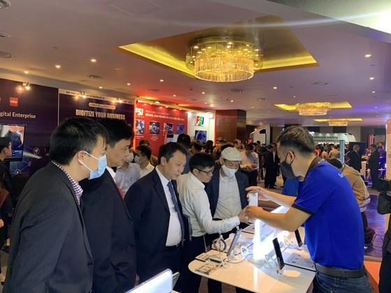 Samsung được vinh danh Top 10 Doanh Nghiệp cung cấp nền tảng chuyển đổi số hàng đầu Việt Nam ảnh 1