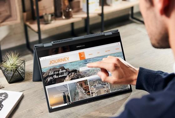 ASUS ra mắt bộ đôi laptop xoay gập cao cấp ZenBook Flip Series  ảnh 4