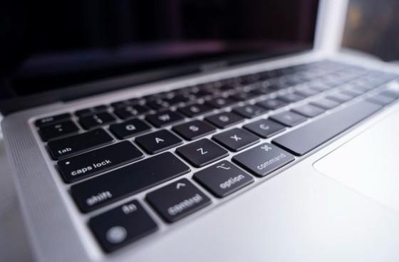 Di Động Việt bán Macbook M1 gần 28 triệu đồng ảnh 2