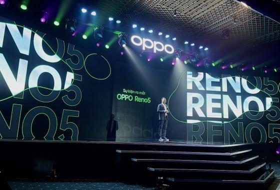"""OPPO Reno5 """"Cùng hình dung khoảnh khắc cuộc sống"""" chính thức ra mắt tại Việt Nam ảnh 3"""
