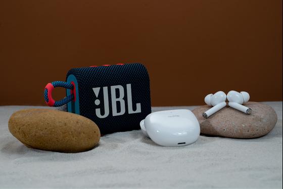 Realme Buds Air Pro chống ồn chủ động với giá gần 2,7 triệu đồng ảnh 3