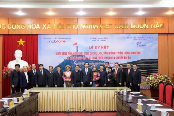 MobiFone, Tổng cục Du lịch Việt Nam và UBND tỉnh Hà Giang ký kết Thỏa thuận hợp tác phát triển du lịch  ảnh 1
