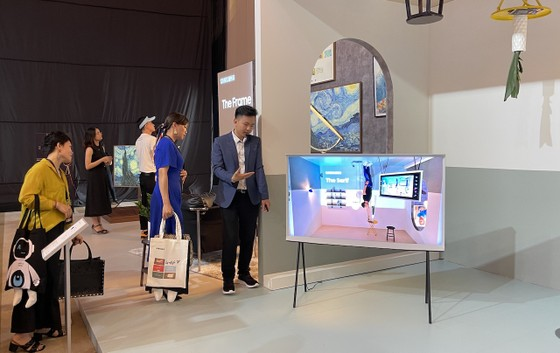 Samsung tuyệt tác công nghệ 2021 giới thiệu tivi 3,5 tỷ đồng và hàng loạt sản phẩm ứng dụng AI ảnh 3