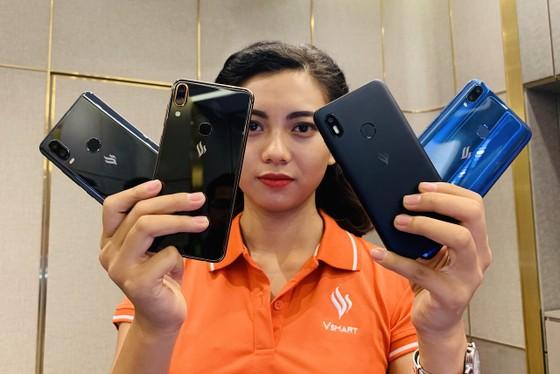 Vingroup dừng nghiên cứu, sản xuất ti vi và điện thoại di động ảnh 1