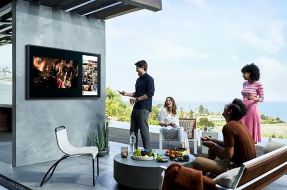 Samsung The Terrace: Ti vi đầu tiên nhận chứng nhận hiệu suất hiển thị ngoài  ảnh 2
