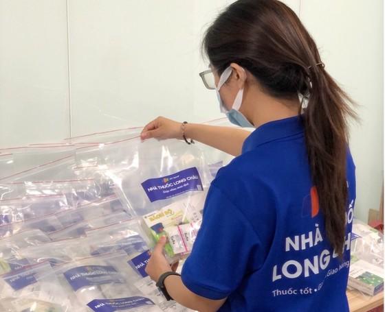 Nhà thuốc FPT Long Châu đồng hành cùng cộng đồng trong đại dịch Covid-19 ảnh 1