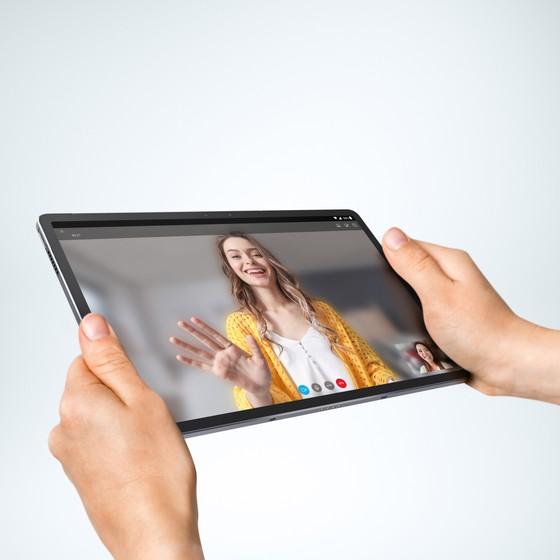 Tab P11 Pro mẫu tablet cao cấp nhất hiện tại từ Lenovo ảnh 1
